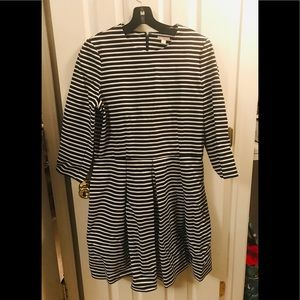 Gap navy blue and white striped dress